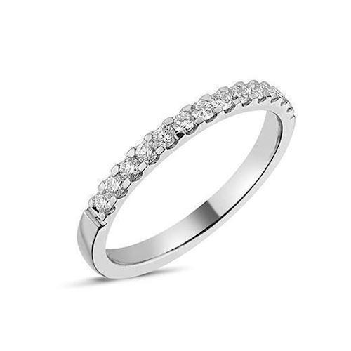 Memories by Nuran, 14 karat hvidgulds 2,25 mm ring med 13 x 0,02 ct brillanter, ialt 0,26 ct