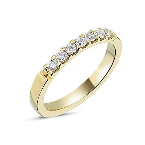 Memories by Nuran, 14 karat guld 2,6 mm ring med 7 x 0,04 ct brillanter, ialt 0,28 ct