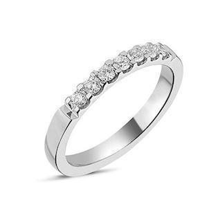 Memories by Nuran, 14 karat hvidgulds 2,6 mm ring med 7 x 0,04 ct brillanter, ialt 0,28 ct